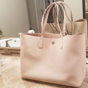 Tory Burch Large pebbled tote